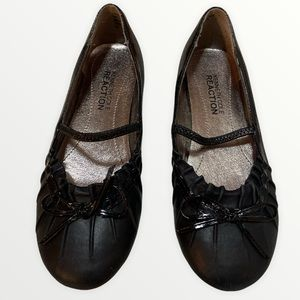 KENNETH COLE REACTION Leather Ballet Flats
